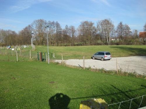 http://www.erdinger-hundeschule.de//images/stories/gelande/small/06-gelaende_0008_klein.jpg